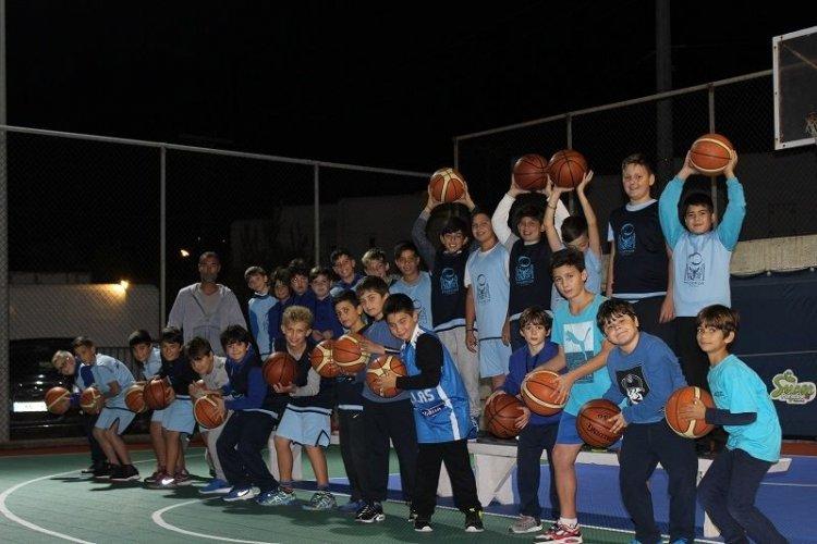Καλή σχολική χρονιά από το μπάσκετ του Α.Ο Μυκόνου – Ξεκινά την Δευτέρα η νέα προπονητική και αγωνιστική περίοδος.