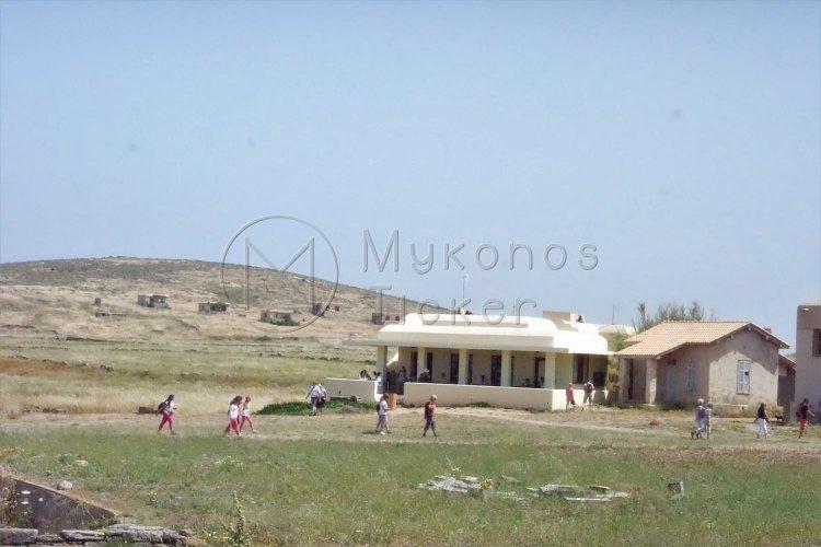 Προσωρινή αναστολή λειτουργίας του αναψυκτηρίου στον αρχαιολογικό χώρο της Δήλου