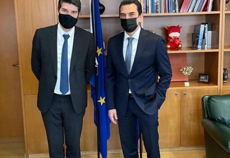 Energy efficient island - Σκρέκας: Συνεργασία με γαλλικές επιχειρήσεις για τη δημιουργία κλιματικά ουδέτερου ελληνικού νησιού