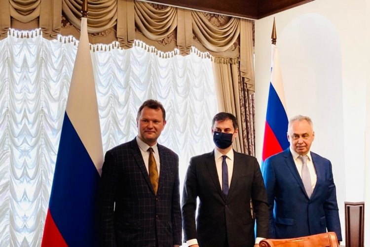 Tourism Season 2021 - Θεοχάρης: Εξαιρετικά εποικοδομητική η επίσκεψη στη Μόσχα και επανεκκίνηση του Τουρισμού για Ελλάδα-Ρωσία
