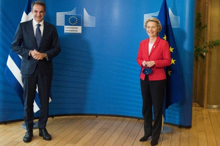 PM Mitsotakis: Οι εξελίξεις στο Αφγανιστάν και η κλιματική κρίση στο επίκεντρο τηλεφωνικής επικοινωνίας του Κυρ. Μητσοτάκη με την Ούρσουλα φον ντερ Λάιεν