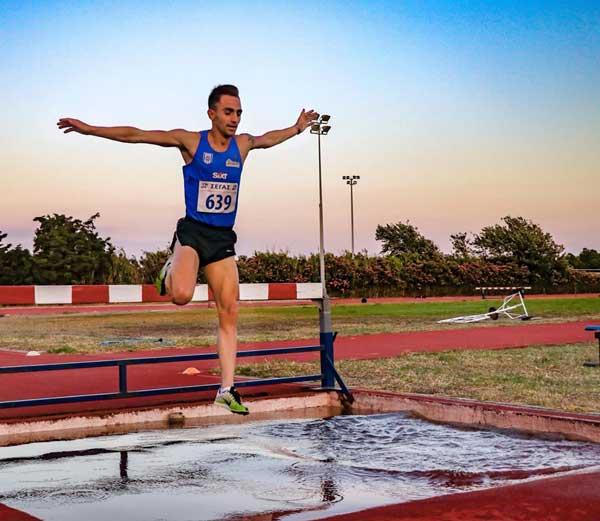 , sekiz Altın, Altı gümüş ve sporcular AO için bronz madalya. Açık Şampiyonası N.Aigaiou Mykonos
