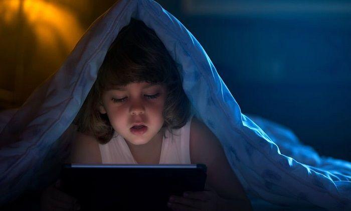 ", ""Digital Heroin"": How screens transform our children in psychotic junkies"