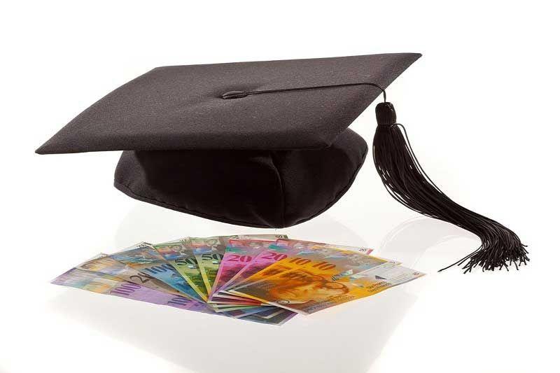 , Χορήγηση φοιτητικών επιδομάτων από την Ιερά Μητρόπολη Σύρου & Μυκόνου