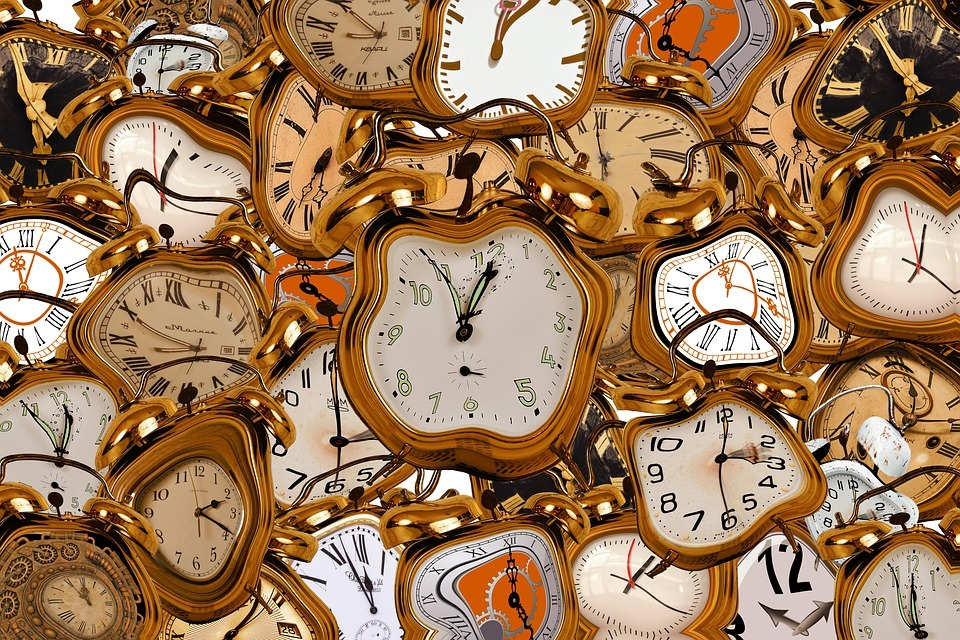 , Time change 2019!! When the time changes from winter to summer!! When we turn the clocks one hour ahead!!