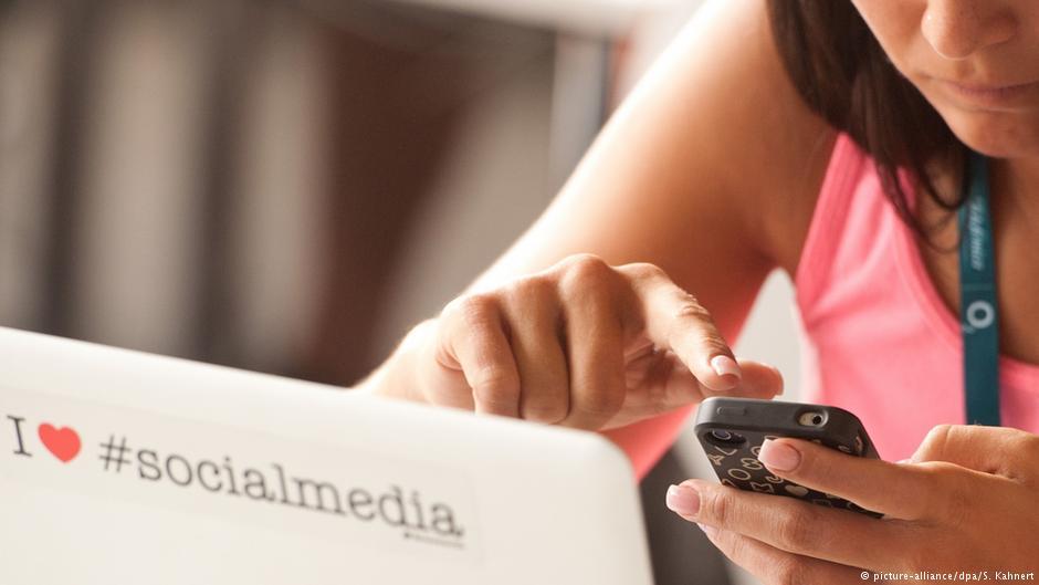 , Νέα οδηγία από τις Βρυξέλλες: Τέλος το ελεύθερο ίντερνετ; Ρύθμιση που προκαλεί σφοδρές αντιδράσεις