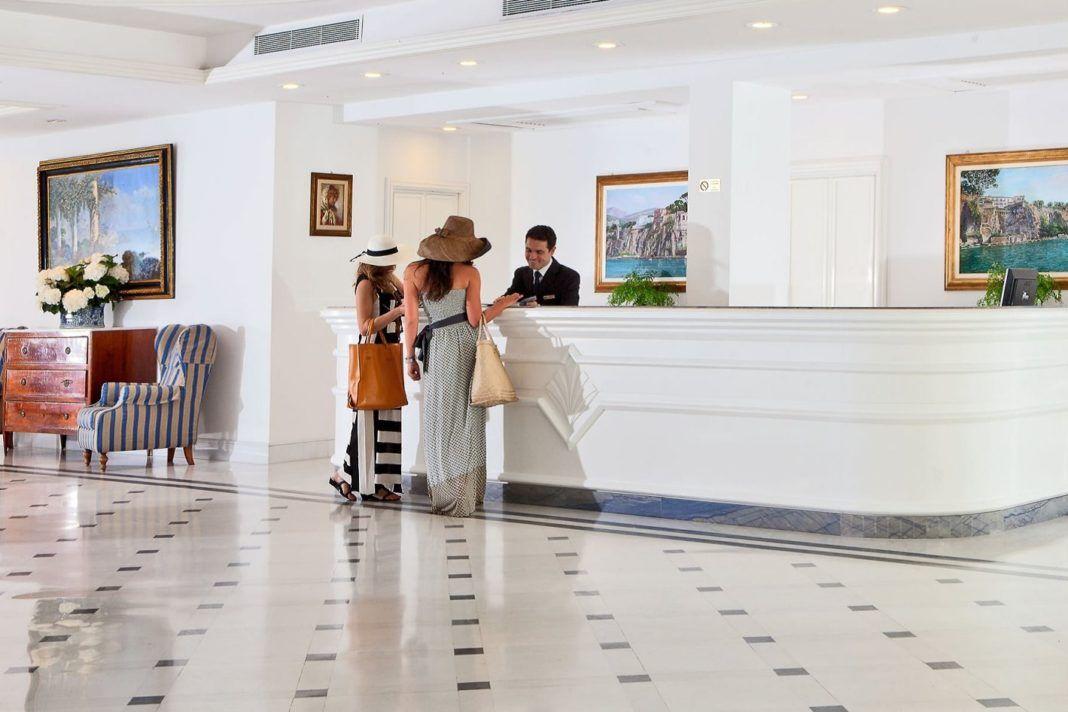 , Ελεγκτές της ΑΑΔΕ εντόπισαν ξενοδοχείο στη Μύκονο το οποίο δεν είχε κόψει αποδείξεις σε πελάτες αξίας 17.000 ευρώ!!