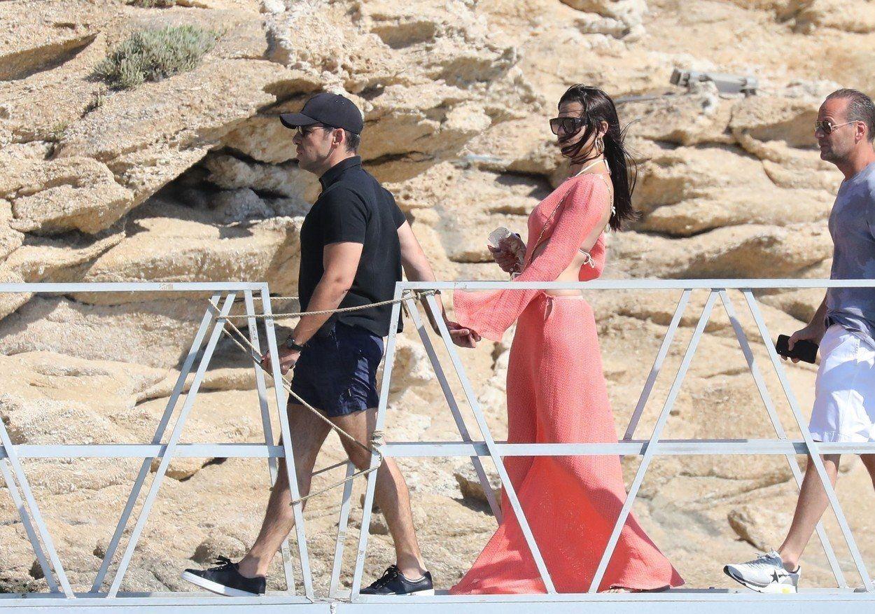 , Στη Μύκονο ξέγνοιαστες στιγμές για την Adriana Lima με τον αγαπημένο της Emir Uyar