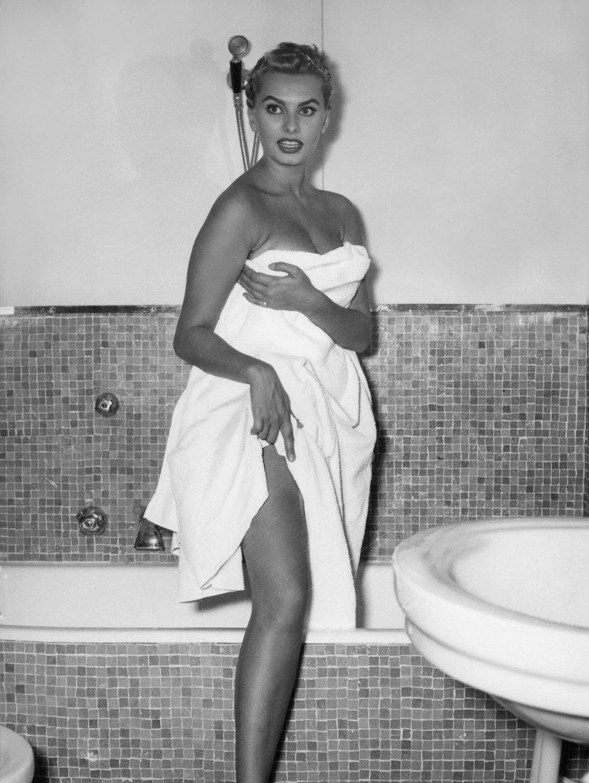 , Sophia Loren!! 25+1 Le migliori immagini d'epoca di questo leggendario attore!!