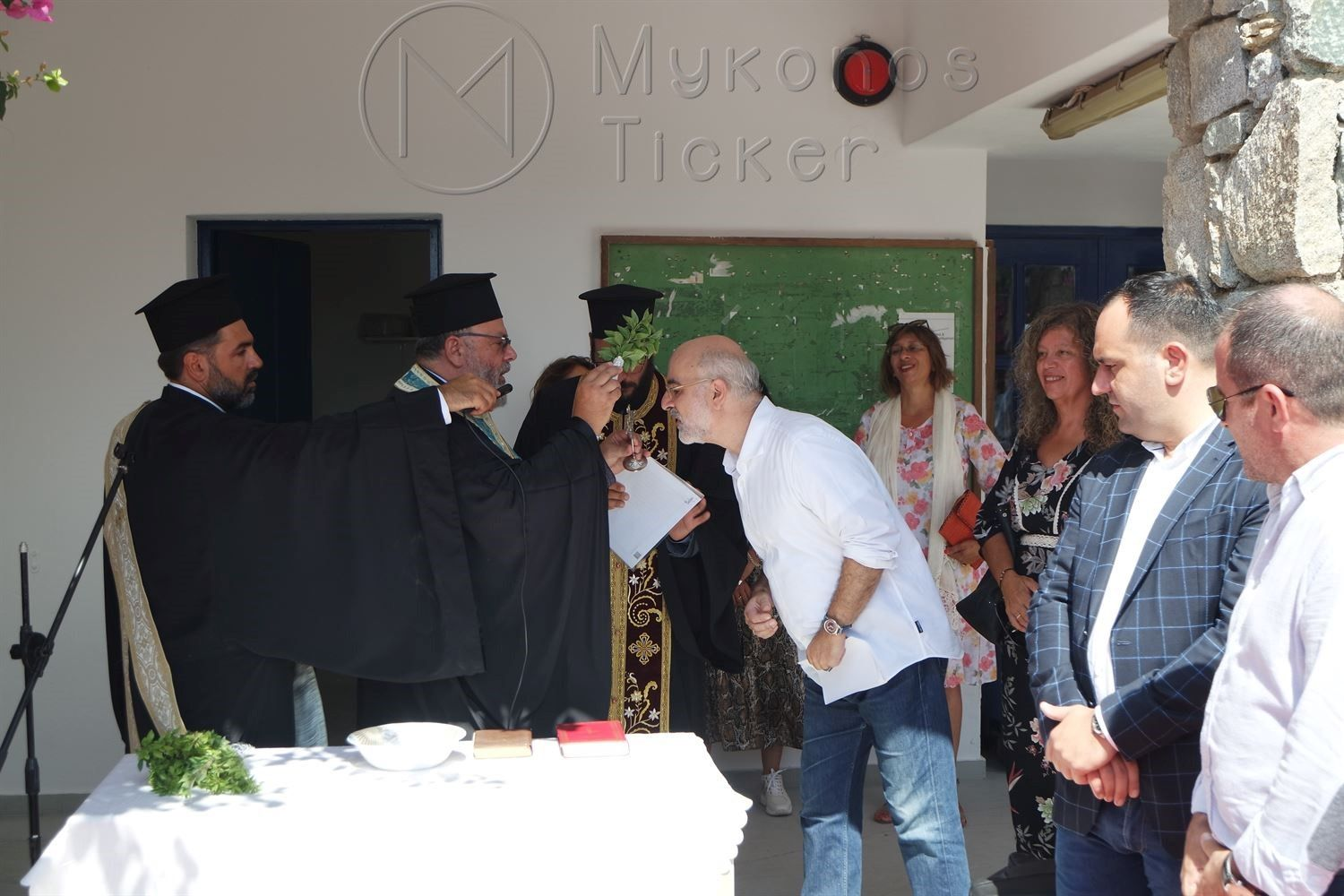 , Sanctification and new school year in High School & EPAL Mykonos (Pictures- Video)