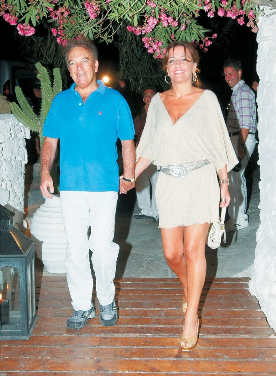 , He died publisher and friend of Mykonos Dimitris Rizos