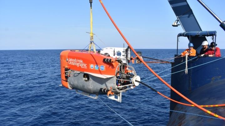 , Σαντορίνη: Υδροθερμικές «καμινάδες» με βακτήρια βρήκε στο ηφαίστειο η NASA