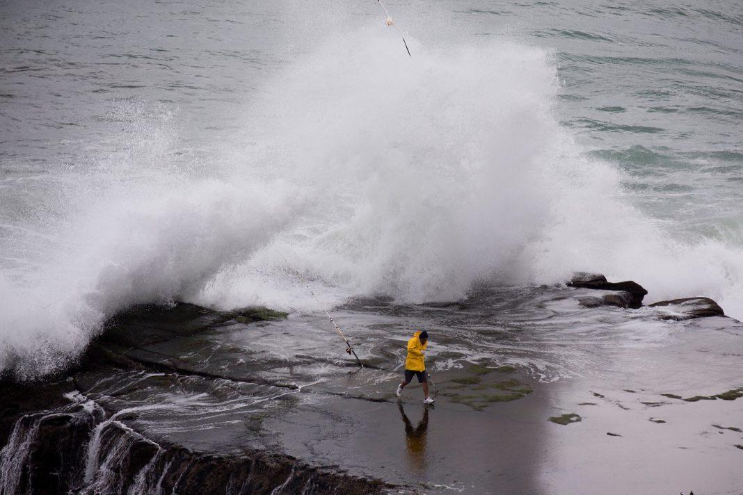 , Σάββατο 14/12, απαγορευτικό απόπλου για Κυκλάδες!! Ο «Ετεοκλής» ήρθε με 9 bf, καταιγίδες & χαλαζοπτώσεις!!