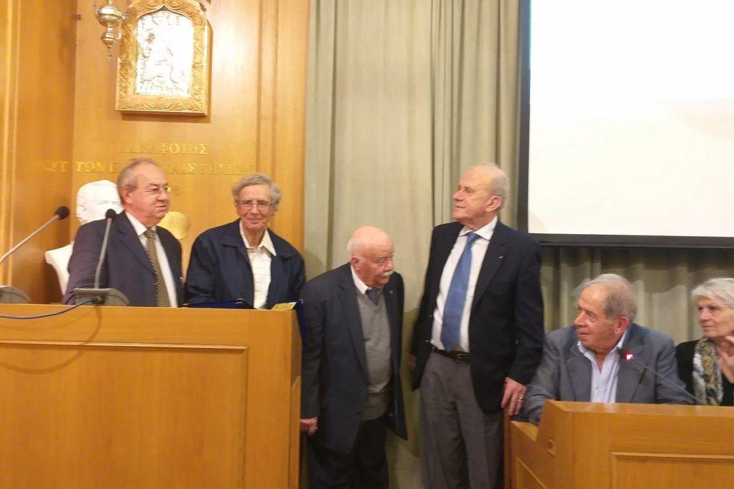 , Τιμήθηκαν προσωπικότητες από Ε.ΚΥ.Τ. και Αδελφότητα Τηνίων για την συμβολή τους στην ανάδειξη του Κυκλαδικού Πολιτισμού