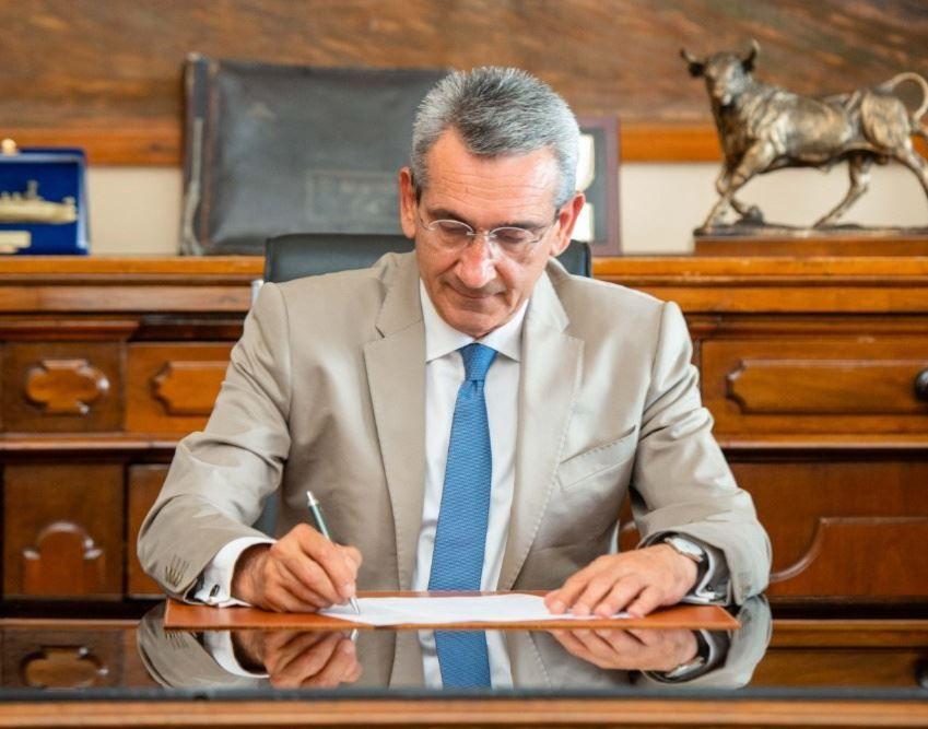 , 880.000,00 € για την αναβάθμιση των σχολείων της Μήλου με ευρωπαϊκούς πόρους της Περιφέρειας